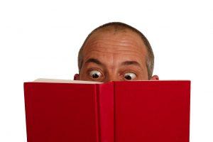 Penkios knygos po eglute padėti