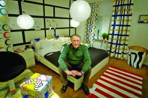 """""""IKEA"""" įkūrėjas buvo ir liko legenda bei paliko """"Baldų prekeivio testamentą"""""""