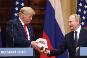 Donaldas Trumpas tikrai sukels pasaulinę krizę, bet kitokią