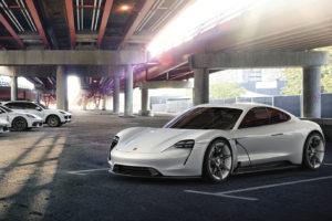 "Ar ""Porsche"" pavyko sukurti ""Tesla Model S"" žudiką?"