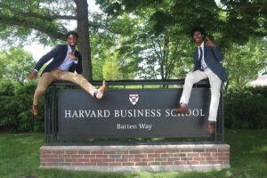 Kurią verslo mokyklą rinktis norint patekti į pasaulio elitą?
