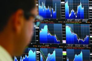 Šiemet akcijos brango 16,3 proc., tad ar investuoti 2020 metais?