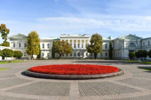 Žurnalo VALSTYBĖ leidėjo Demokratijos plėtros fondo įkūrėjų  kreipimasis į LR Prezidentą Gitaną Nausėdą ir demokratines bei patriotines Lietuvos jėgas