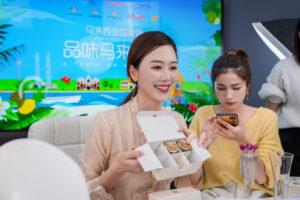 Nuomonės formuotojų ateities simbolis – kinė Viya – gali parduoti tai, ko nesugeba net Kim Kardashian